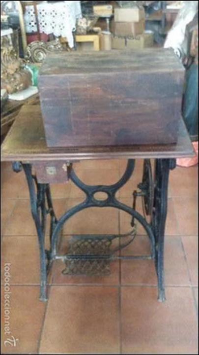 Antigüedades: ANTIGUA JOYA) DE LAS PRIMERAS AÑO 1857 Nº 07058 DE MUSEO FUNCIONANDO SINGER VIOLIN MAQUINA COSER - Foto 8 - 56145751