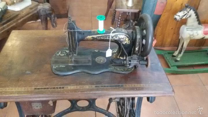 Antigüedades: ANTIGUA JOYA) DE LAS PRIMERAS AÑO 1857 Nº 07058 DE MUSEO FUNCIONANDO SINGER VIOLIN MAQUINA COSER - Foto 9 - 56145751
