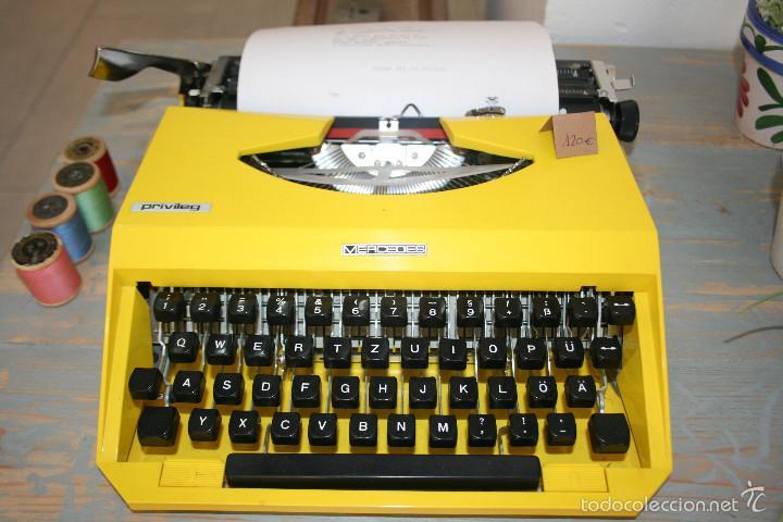 MÁQUINA DE ESCRIBIR MERCEDES PRIVILEG 1970 (Antigüedades - Técnicas - Máquinas de Escribir Antiguas - Mercedes)