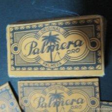 Antigüedades: LOTE CAJA Y 3 HOJAS DE AFEITAR PALMERA ORO Nº 60. Lote 56193540
