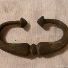 Antigüedades: ASA DE BRASERO DE BRONCE. Lote 56195750