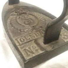 Antigüedades: PLANCHA ANTIGUA DE CARBON GENDARME N3 FABRICADA EN FRANCIA. Lote 56245196