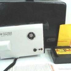 Antigüedades: CAMARA TOMAVISTAS CINE 8MM - YASHICA ELECTRO 8 MACRO + ESTUCHE ¡¡FUNCIONANDO¡¡ -8 MM -PELICULA KODAK. Lote 146060777