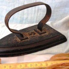 Antigüedades: PLANCHA DE HIERRO ANTIGUA. 3 KG. OLD IRON:. Lote 56397682