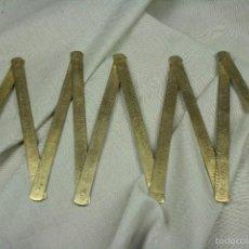 Antigüedades: METRO PLEGABLE EN CMS. 1 METRO. LATÓN. S.XIX.. Lote 56460621
