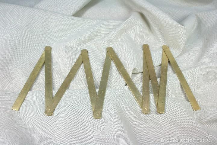 METRO PLEGABLE EN CMS DE 1 M Y PULGADAS. S.XIX (Antigüedades - Técnicas - Varios)