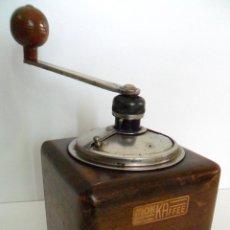 Antigüedades: ANTIGUO MOLINILLO AUSTRIACO. MADERA Y METAL. CA. 1950. Lote 56474996