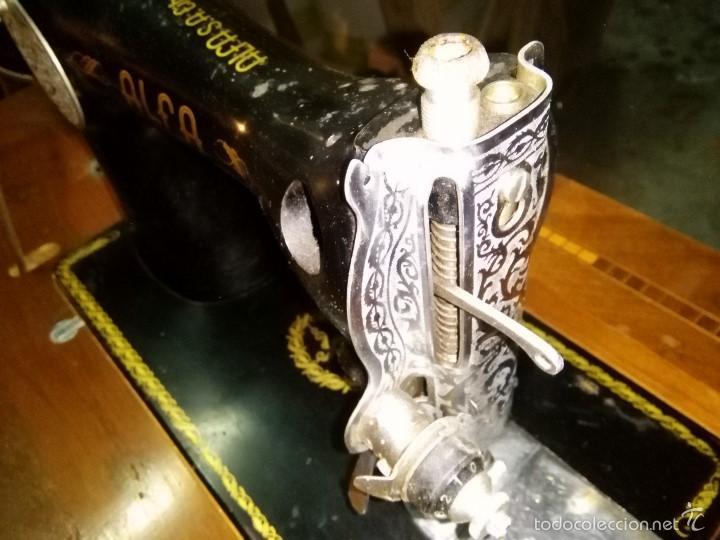 Antigüedades: maquina de coser alfa con pie - Foto 8 - 56538741