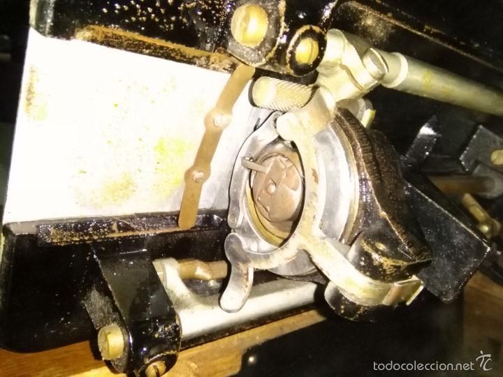 Antigüedades: maquina de coser alfa con pie - Foto 21 - 56538741