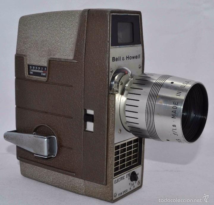 Antigüedades: RAREZA,,CAMARA DE CINE A CUERDA 8 MM...BELL HOWELL ELECTRIC EYE..USA 1959..MUY BUEN ESTADO..FUNCIONA - Foto 2 - 56619111