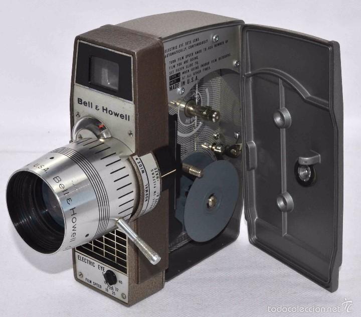Antigüedades: RAREZA,,CAMARA DE CINE A CUERDA 8 MM...BELL HOWELL ELECTRIC EYE..USA 1959..MUY BUEN ESTADO..FUNCIONA - Foto 12 - 56619111
