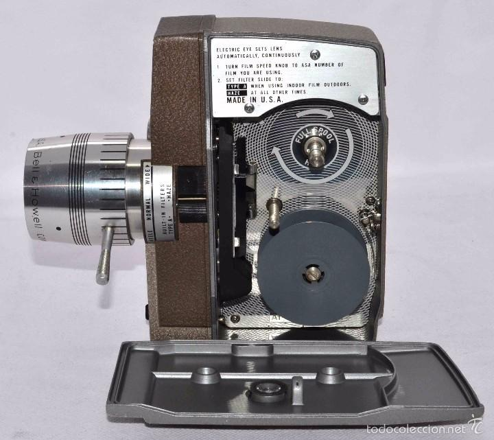 Antigüedades: RAREZA,,CAMARA DE CINE A CUERDA 8 MM...BELL HOWELL ELECTRIC EYE..USA 1959..MUY BUEN ESTADO..FUNCIONA - Foto 13 - 56619111