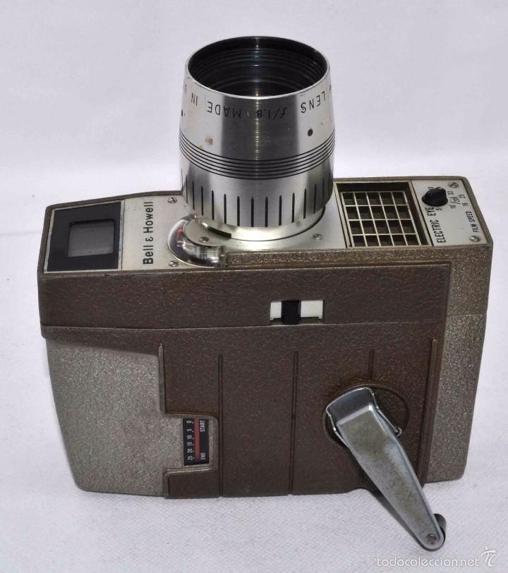 Antigüedades: RAREZA,,CAMARA DE CINE A CUERDA 8 MM...BELL HOWELL ELECTRIC EYE..USA 1959..MUY BUEN ESTADO..FUNCIONA - Foto 16 - 56619111