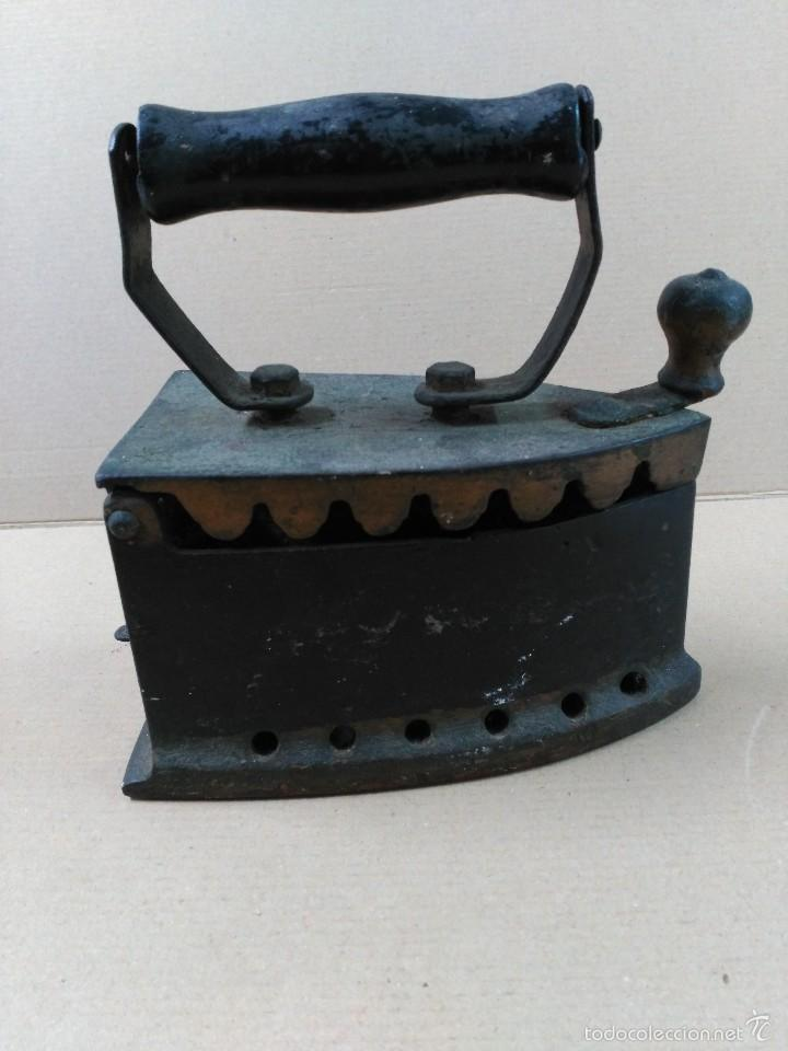 Antigüedades: Plancha de hierro de carbon - Foto 3 - 56813356