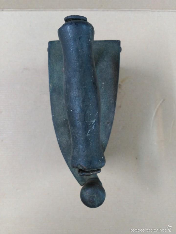 Antigüedades: Plancha de hierro de carbon - Foto 5 - 56813356