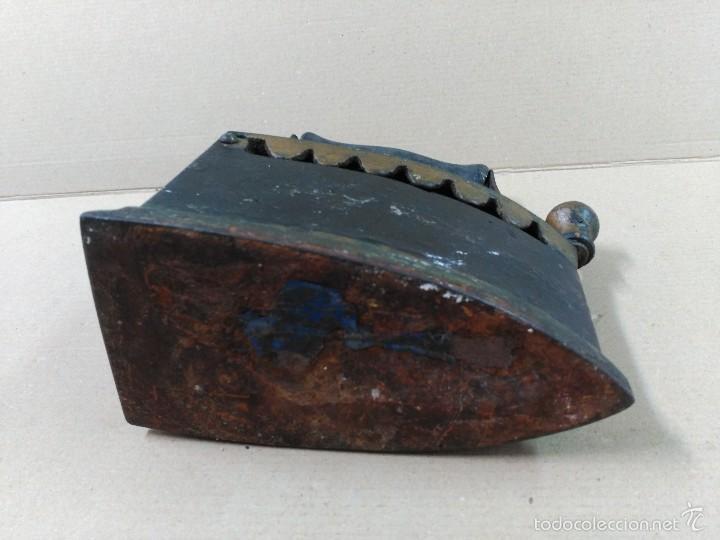 Antigüedades: Plancha de hierro de carbon - Foto 6 - 56813356