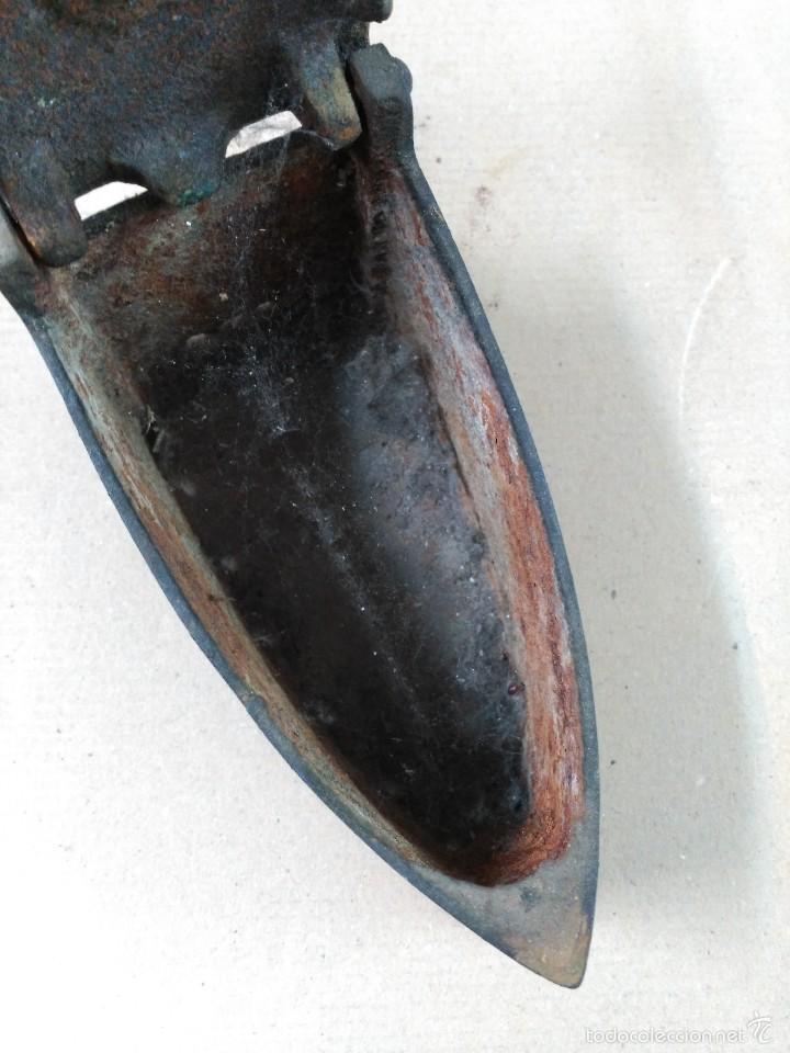 Antigüedades: Plancha de hierro de carbon - Foto 8 - 56813356