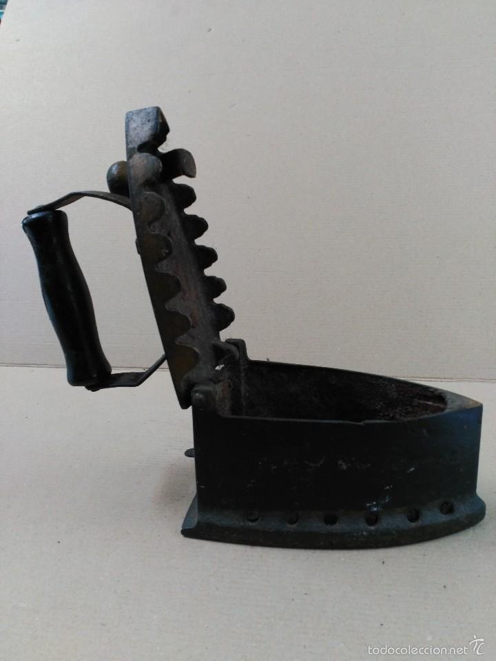 Antigüedades: Plancha de hierro de carbon - Foto 9 - 56813356
