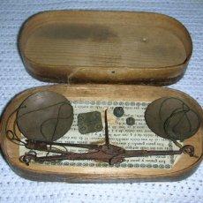 Antigüedades: BALANZA PARA PESAR MONEDAS, SIGLO XIX. Lote 56869670