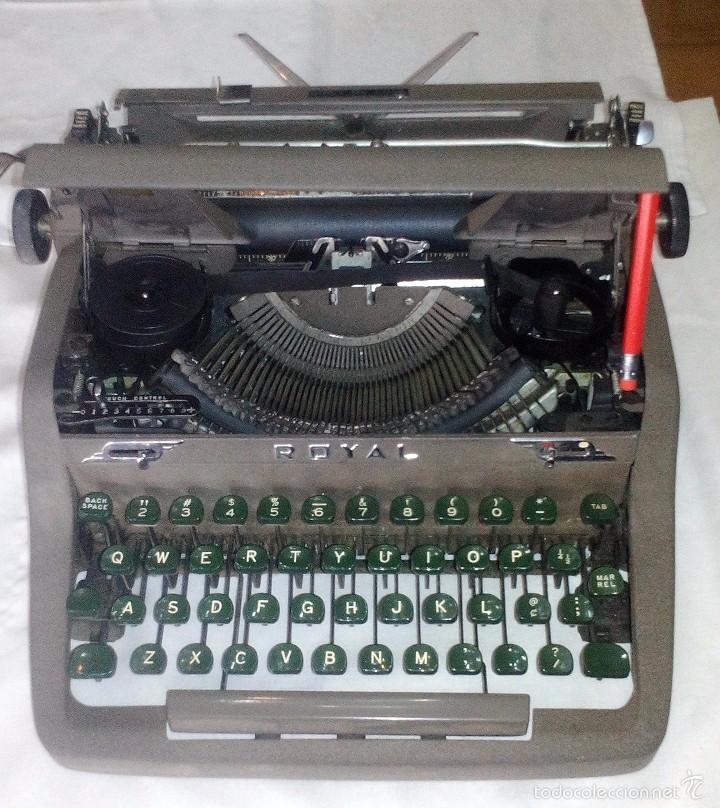 Antigüedades: Antigua Maquina de Escribir Royal Quiet De Luxe Portatil - Foto 5 - 56906892