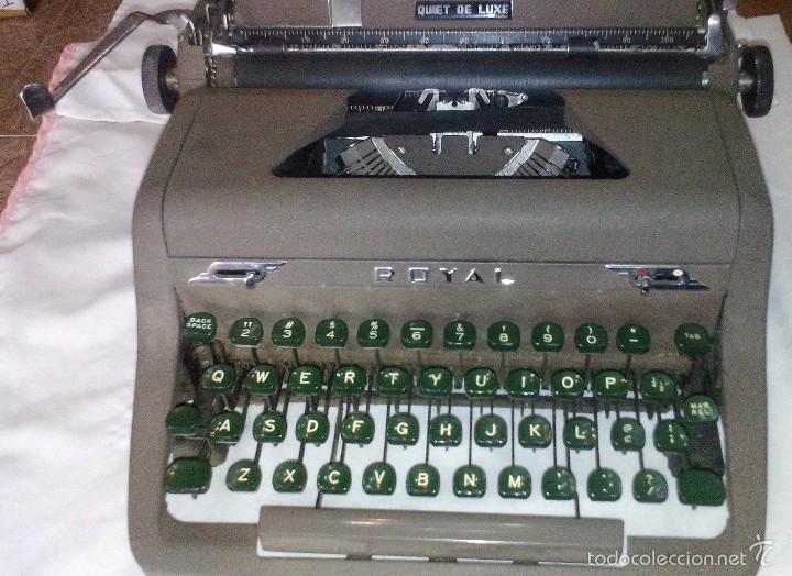 Antigüedades: Antigua Maquina de Escribir Royal Quiet De Luxe Portatil - Foto 6 - 56906892
