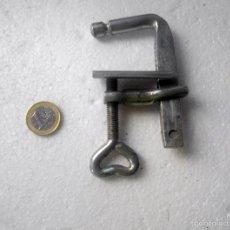 Antigüedades: GATO, SARGENTO, MORDAZA, PRENSA TORNILLO. Lote 56910605