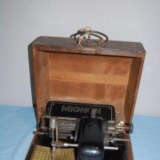 Antigüedades: MAQUINA ESCRIBIR DE LA FIRMA ALEMANA MIGNON 1925. Lote 56919616