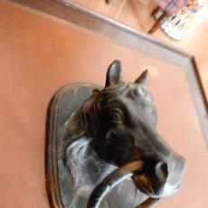Antigüedades: ANTIGUA ALDABA HIERRO FUNDIDO. Lote 56922601
