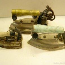 Antigüedades: LOTE DE 3 PLANCHAS ELECTRICAS ANTIGUAS.. Lote 56943438