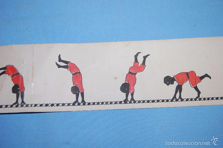 Antigüedades: JUGUETE ZOOTROPO CON TODAS LAS PIEZAS ORIGINALES Y 12 PELÍCULAS DE PAPEL FINALES SIGLO XIX - Foto 14 - 56944809