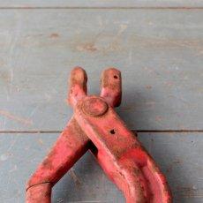 Antigüedades: GANCHO DE HIERRO ANTIGUO, GRAN TAMAÑO. Lote 56965039