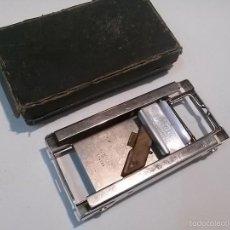 Antigüedades: MAQUINA DE AFILAR CUCHILLAS. Lote 57081285