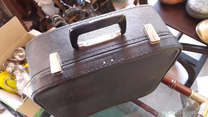 Antigüedades: maquina de escribir con funda erika - Foto 3 - 57093169