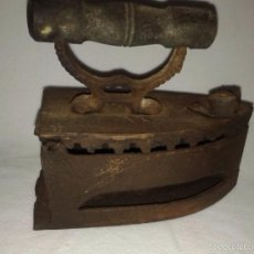 Antigüedades: PLANCHA DE CARBÓN. ANTIGUA. Lote 57140134
