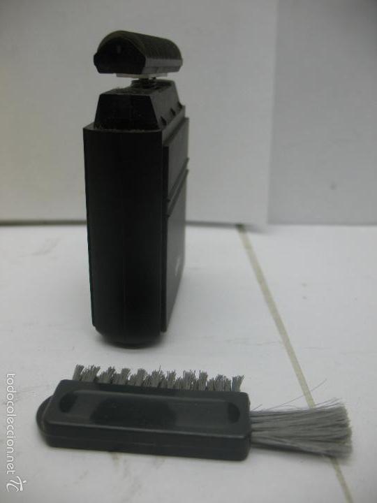 Antigüedades: Braun - Antigua máquina de afeitar con cepillo - Foto 3 - 57252769