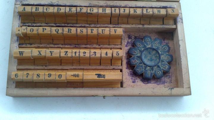 Antigüedades: pequeña imprenta manual de bolsillo - Foto 4 - 57267924
