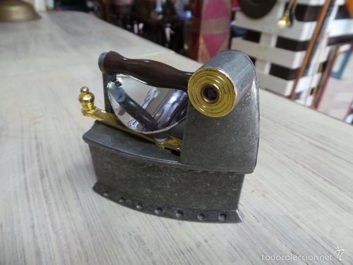 Antigüedades: PLANCHA DE CARBÓN EN MINIATURA - Foto 2 - 153417329