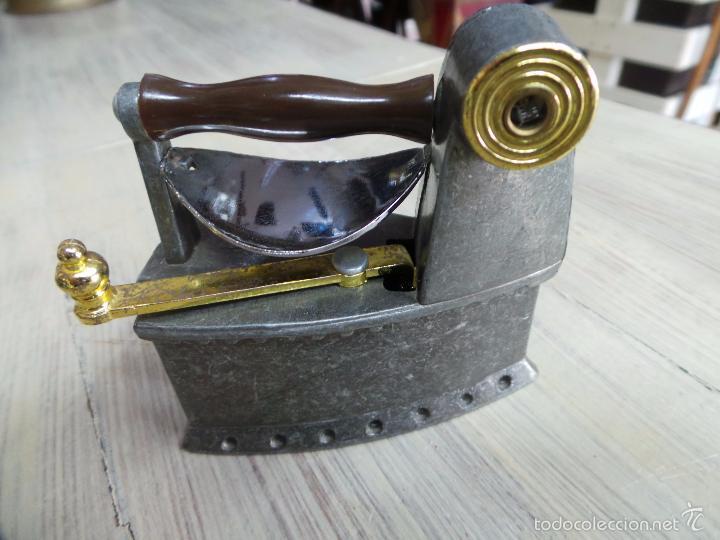 Antigüedades: PLANCHA DE CARBÓN EN MINIATURA - Foto 7 - 153417329