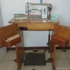 Antigüedades: MAQUINA DE COSER DE RÁPIDA SA, WERTHEIM R-270 CON MUEBLE, MUY COMPLETA. Lote 57313568