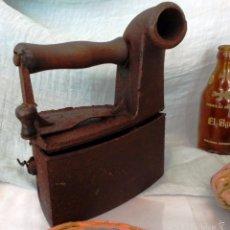 Antigüedades: PLANCHA VIEJA DE BRASAS EN HIERRO. OLD IRON IRON BRASAS.. Lote 57380892