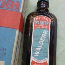 Antigüedades: ANTIGUA BOTELLA MEDICAMENTO PECTORAL WALDERR LABORATORIOS VALDERRAMA.PRECINTADA-FARMACIA-AÑOS 20. Lote 57477903