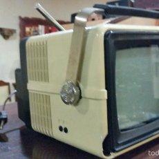 Antigüedades: TELEVISOR PORTATIL. Lote 57519710