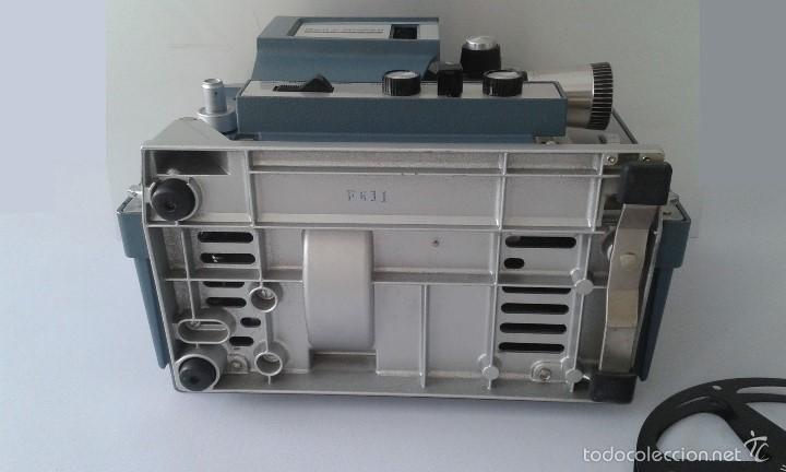 Antigüedades: *INCREIBLE ESTADO* Proyector super 8 - Bell & Howell 482 *FUNCIONANDO, CON MANUAL DE INSTRUCCIONES* - Foto 18 - 57570162