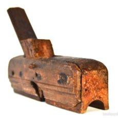 Antigüedades: BONITO CEPILLO DE CARPINTERO EBANISTA PARA MOLDURAS O FORMAS REDONDAS. Lote 57582938