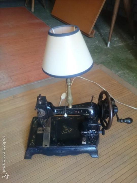 MAQUINA DE COSER LAMPARA (Antigüedades - Técnicas - Máquinas de Coser Antiguas - Sigma)