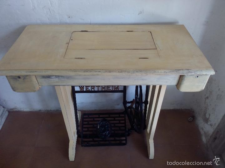 Antigüedades: Maquina de coser , patas madera y hierro, biela de madera - Foto 6 - 57616085