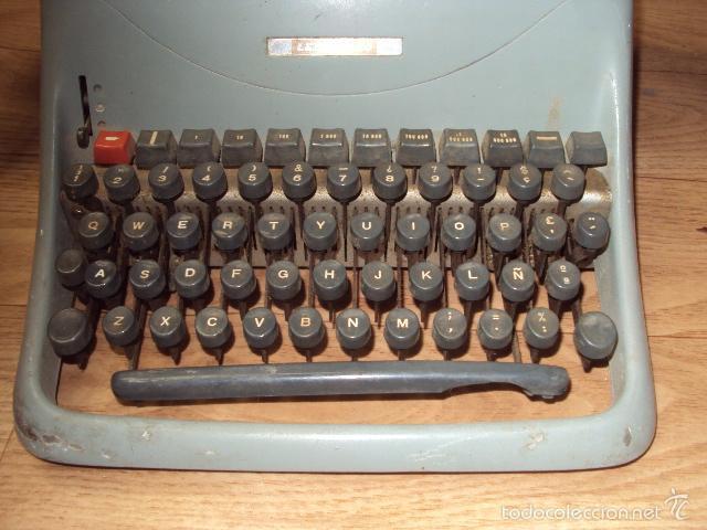 Antigüedades: Máquina de escribir Hispano Olivetti - Foto 2 - 57701003