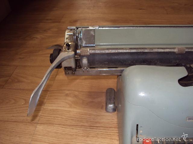 Antigüedades: Máquina de escribir Hispano Olivetti - Foto 5 - 57701003