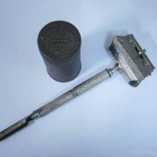 Antigüedades: MAQUINILLA DE AFEITAR COMFORT ANTERIOR A 1900, COMPLETA. Lote 57701155