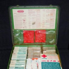 Antigüedades: GRAN BOTIQUÍN CIVIL O MILITAR-ARMARIO-MALETA DE METAL-ASENS BARCELONA-CURAS MEDICINA-CIRCA 1960-70. Lote 58131734